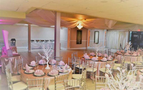 Sweet 15 at Gracie's Hall.. white, blush and silver..